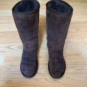 UGG Tall Boots Brown Size 8